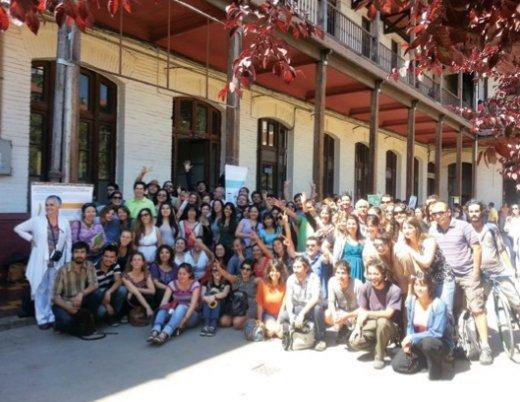 Parte importante de los 160 alumnos que cursaron el diplomado durante el año 2012.